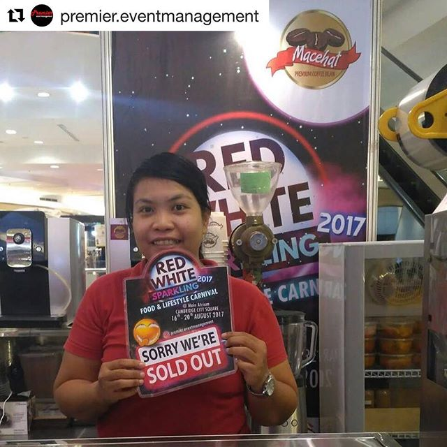 #Repost @premier.eventmanagement ・・・2nd day of Red White Sparkling 2017 @cambridgecitysquare on 17h August 2017 - @macehatcoffee has sold out!!! See you tomorrow... #redwhitesparkling2017 #premiereventsfestival