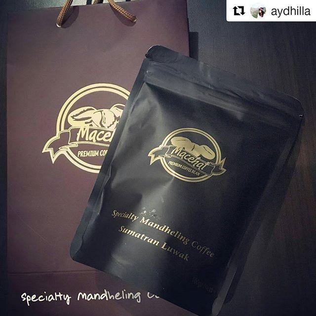 #Repost @aydhilla (@get_repost)・・・Sumatran Luwak Coffee...#coffee #sumatranluwak #mandhelingcoffee #bestcoffeebean #luwakcoffee #indonesiancoffee #bestcoffeeintheworld #medan #macehatcoffee #AyuJalan
