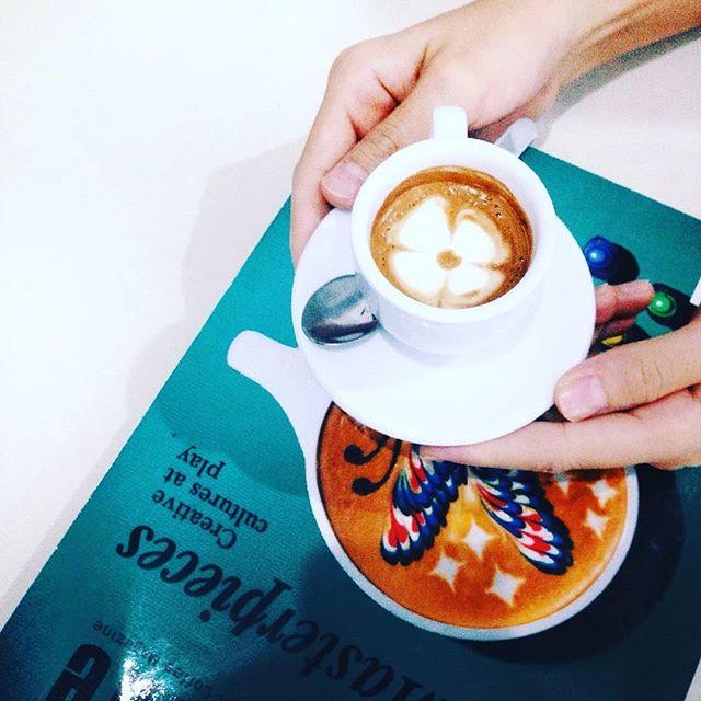 #Repost @w_and_y• • •️#coffe#coffetime#vsco#vscocam#latte#latteart