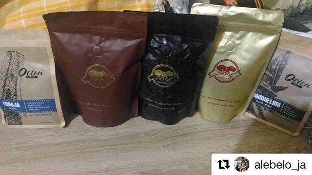 #Repost @alebelo_ja with @get_repost・・・4 sumatran & 1 sulawesi.. #latepost #coffee #specialtycoffee #singleorigin #kopiindonesia #kopinusantara #allaboutcoffee #anakkopi #arabica #ottencoffee #mancoffee #macehat #luwak #roastedbeans #mengopikanindonesia #kopi #coffeelover #indonesia