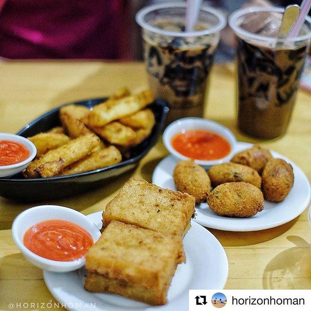 #Repost @horizonhoman with @get_repost・・・Macehat CoffeeJalan Karo 20Medan061 4529944Buka Jam 10:00-18:00Kroket, Kue Lobak 15-40 IdrIce Coffee Jelly 30 Idr#macehat#macehatcoffee#HrzMedan#HrzHalalMedan